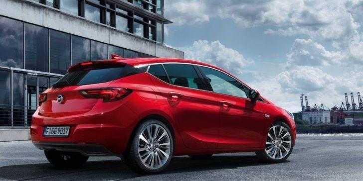 Opel Astra Hatchback 2018 Tam Size Göre