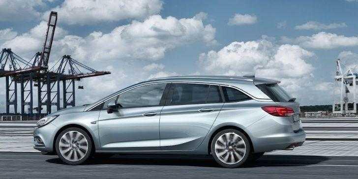Opel Astra Sports Tourer 2018 Sınıfında Bir Adım Önde