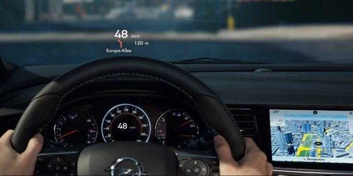 2018 Opel Insignia Country Tourer Head-Up Display