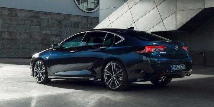 Opel Insignia Grand Sport 2018 Her Açıdan Mükemmel