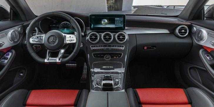 2019 Mercedes-AMG C63 Konsol