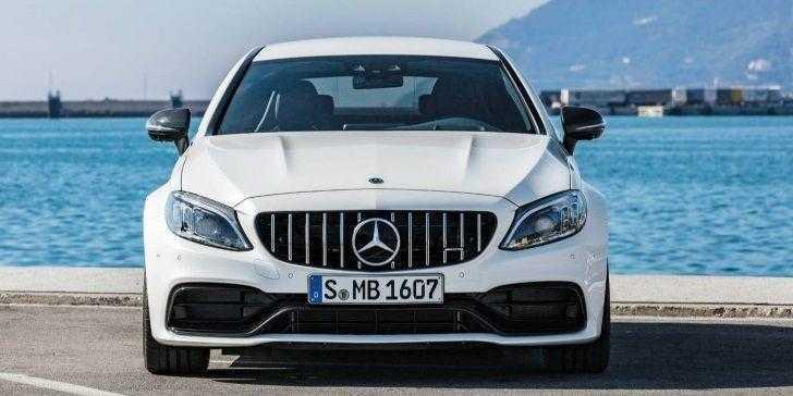 2019 Mercedes-AMG C63 Ön Görünüm
