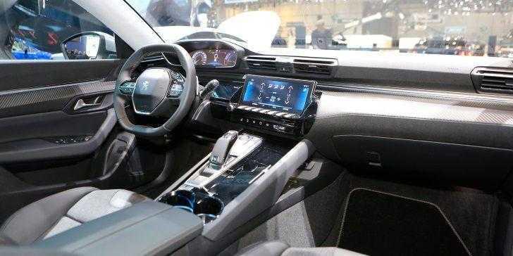 Yeni Peugeot 508 Cenevre'de Sergilendi