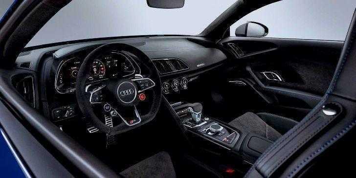 2019 Audi R8 Konsol Bölgesi