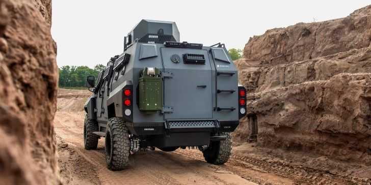 Zırhlı Roshel Senator APC Modeline Yakından Bakın