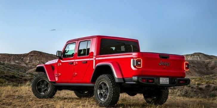 2019 Jeep Gladiator Los Angeles da Görüldü