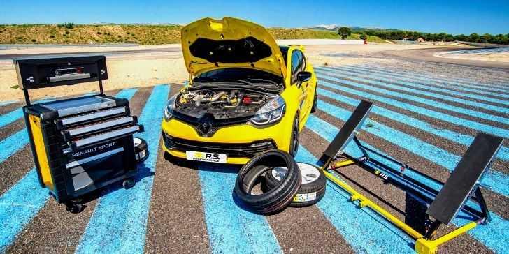 Renault Clio RS Performance Modeli Tanıtıldı